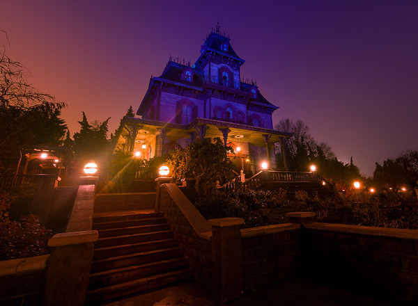 Phantom Manor in Disneyland Paris on a foggy morning at dawn. Check out our Phantom Manor photo walk through (76 photos): http://www.disneytouristblog.com/phantom-manor-photo-ride-through/