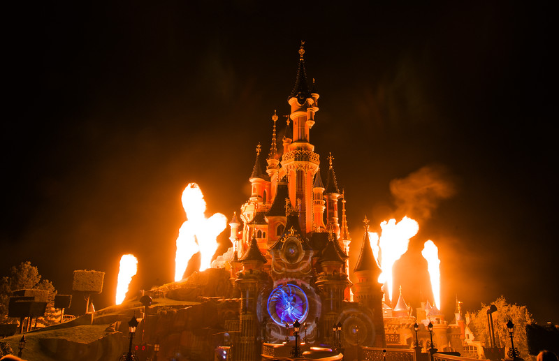 Disneyland Paris' Castle erupts in flames during Disney Dreams!  Part 1 of our Disneyland Paris trip report is now up! http://www.disneytouristblog.com/disneyland-paris-2012-trip-report-part-1/