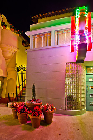 The Echo Lake Apartments are one of my favorite little details in Disney's Hollywood Studios.