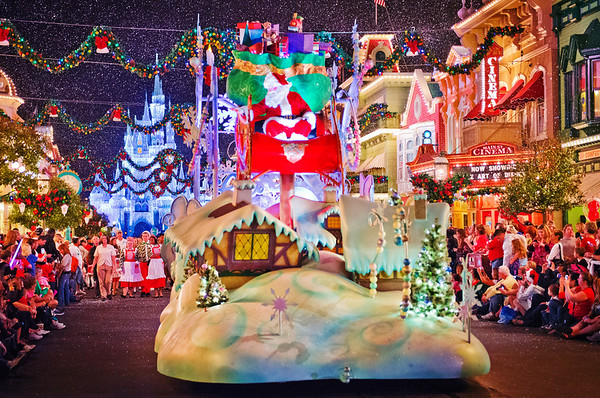 Mickey's Once Upon A Christmastime Parade Photos - Disney Tourist Blog