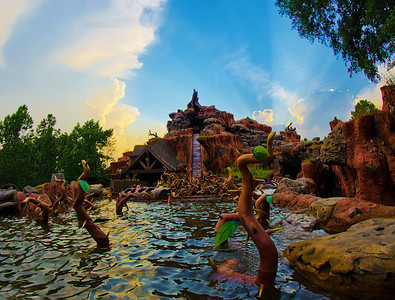 Splash Mountain at sunset. Such a beautiful sight!